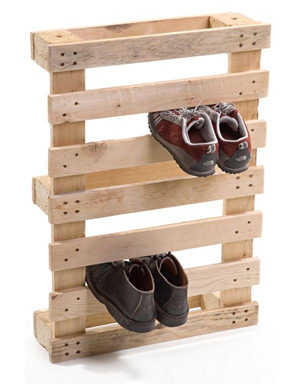 Paleta kot pripomoček za shranjevanje čevljev