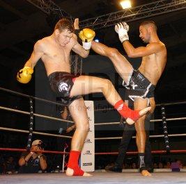 Superfight . K-1 rules . 3×3 mn Hakim KETAIEB (France . 66,200kg) vs Daniel Switek (Slovaquie . 67,300kg) Vainqueur : Hakim Ketaieb aux points