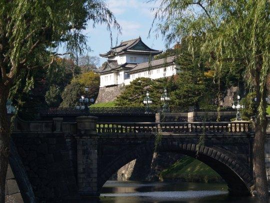 le palais impérial de Tokyo, été.