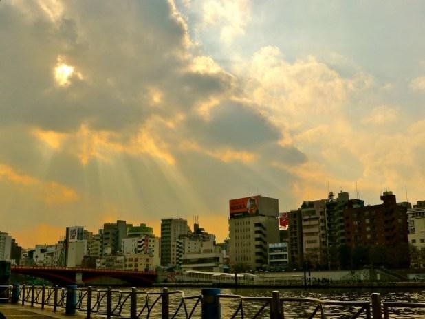 Rayon de soleil sur Asakusa.