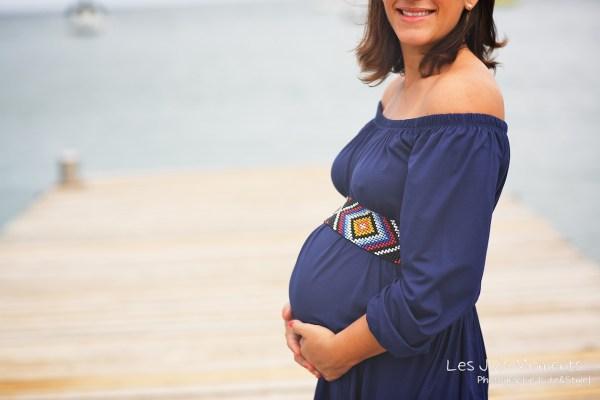 Seance grossesse en famille a la plage Martinique 25