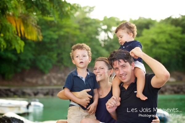 Seances photo en famille en Martinique pointe du bout 2