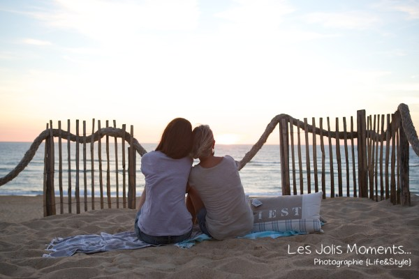 seance-photo-entre-amies-sur-la-plage-18
