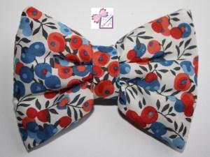 barrette noeud Liberty Bleue idée cadeau anniversaire petite fillefait main