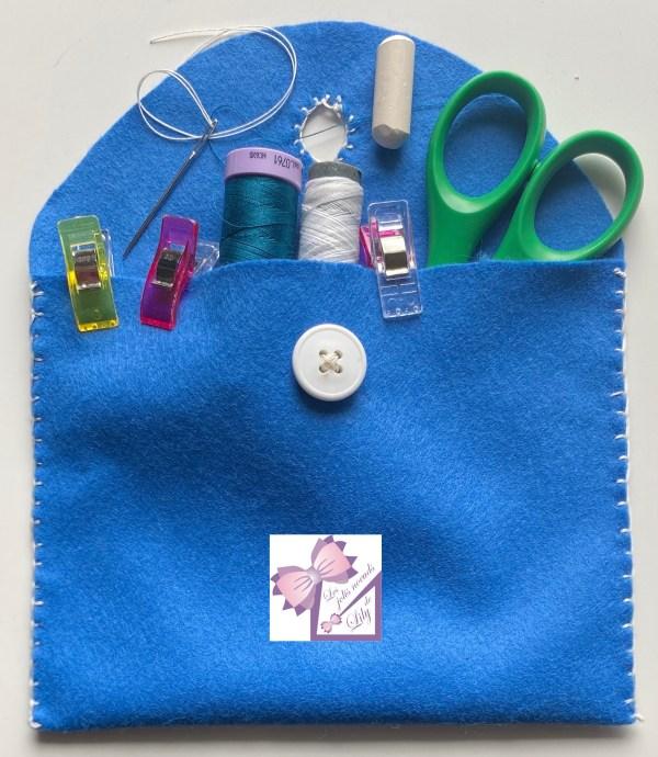 kit couture pochette ou sac pochette couture en feutrine ebook activité couture enfant coudre à la main occuper son enfant bricolage enfant activité manuelle vacances