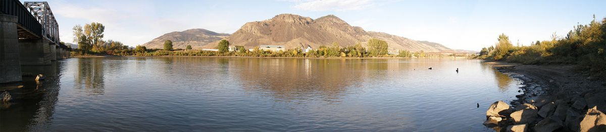 1280px-Thompson_River_Kamloops