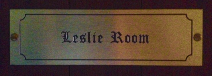 Leslie Room 4-poster bedroom entrance