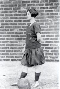 hale-audrey-bball-1923