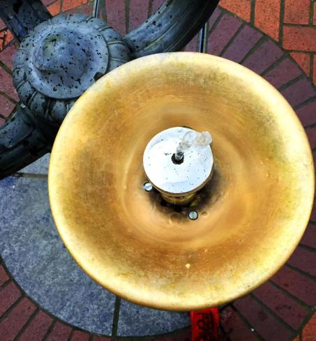drinking fountains run continuously on every corner...we're not in CA anymore!