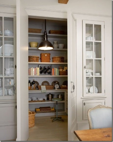 Now that is a pantry! s-wdesign.blogspot.com