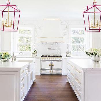 m_two-kitchen-islands-white-gold-la-cornue-cornufe-range