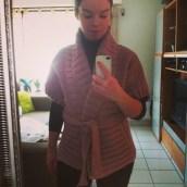 Un joli pull tricoté par ma maman !! Je l'adoooooore ♥