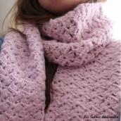 Nouvelle écharpe en crochet