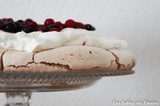 Recette facile et rapide Pavlova aux fruits rouges - Les lubies de louise-3