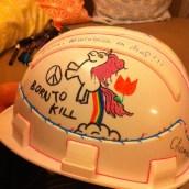 Les copains ont customisé mon casque de chantier