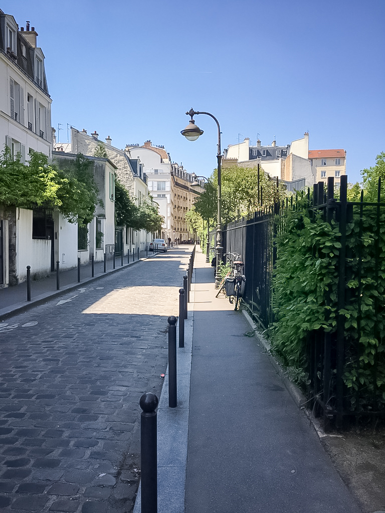 square-paris-ruelles-pavés