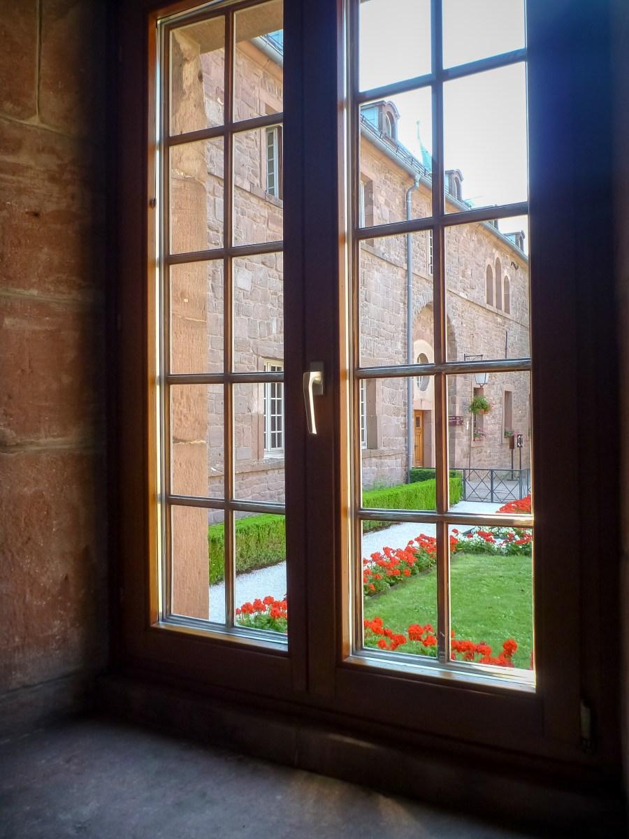 route des vins-alsace-france-mont saint odile-pelerinage-monastere-jardin