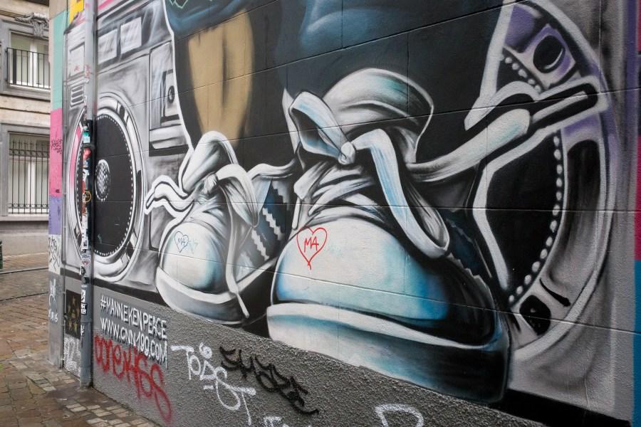 Bruxelles-belgique-street art-ville-art-graffiti-manneken pis