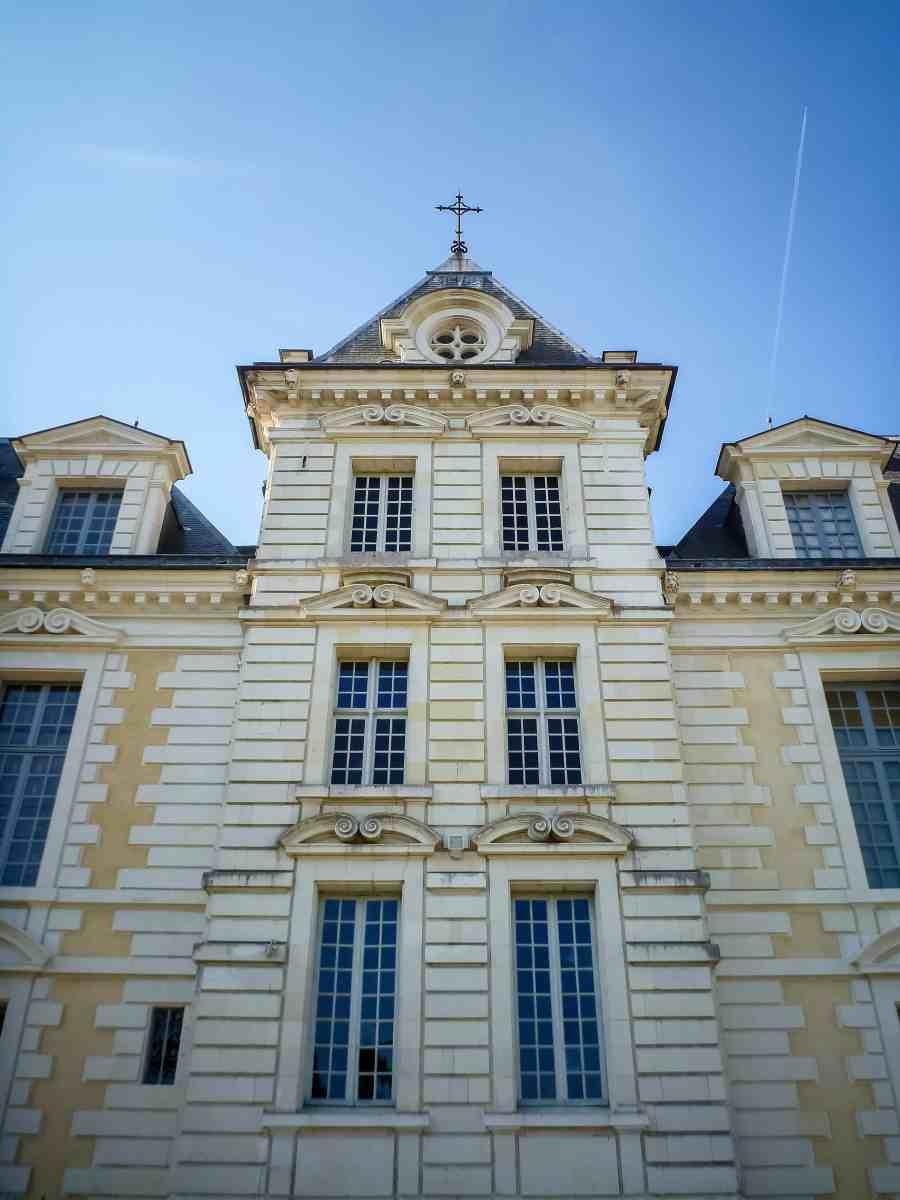 château de cheverny-loire-moulinsart-fenetres-facades