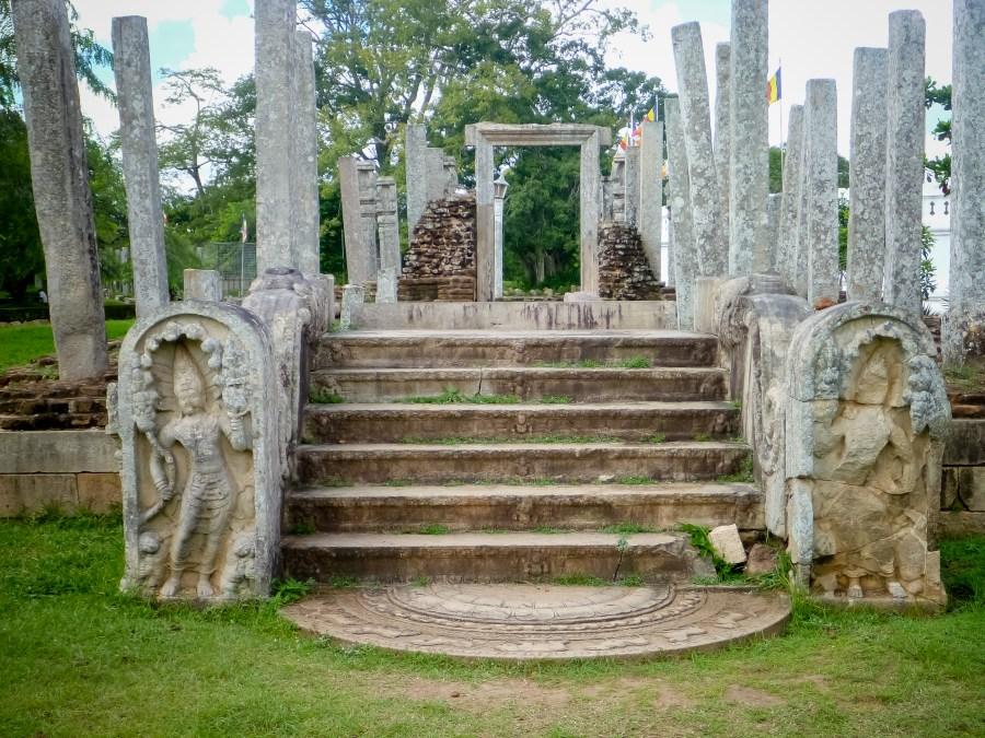 Les ruines de Thuparama au Sri Lanka