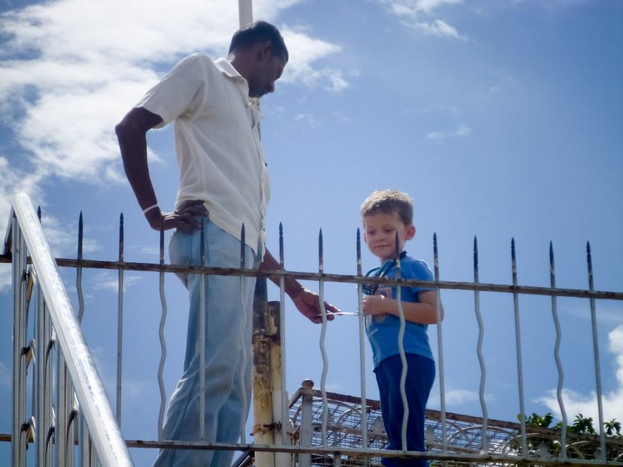 Axel et Sindu notre guide au Sri Lanka
