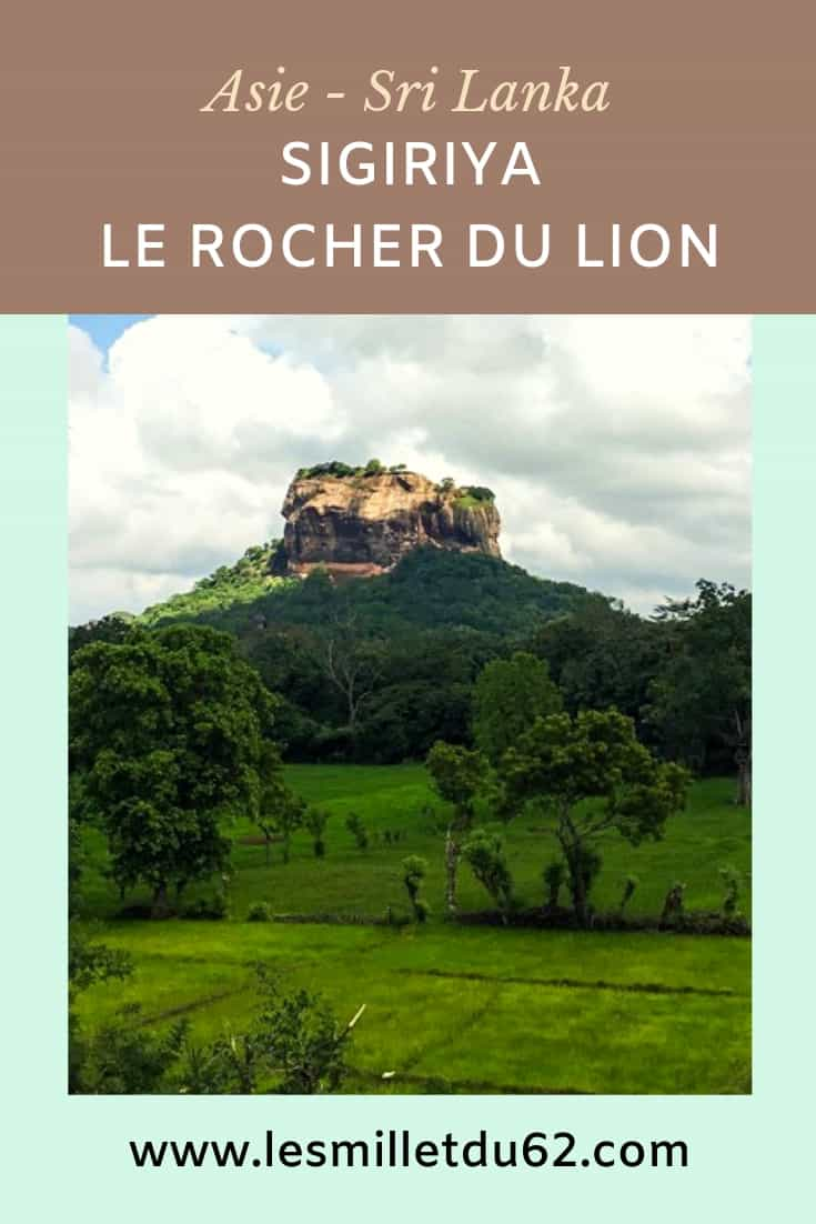 Ascension du rocher du lion à Sigiriya au Sri Lanka
