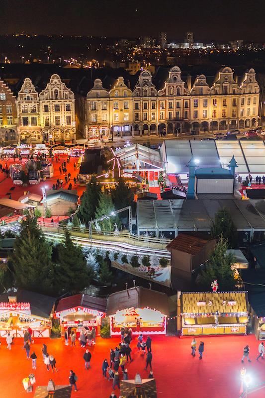 Le marché de Noël d'Arras depuis la grande roue