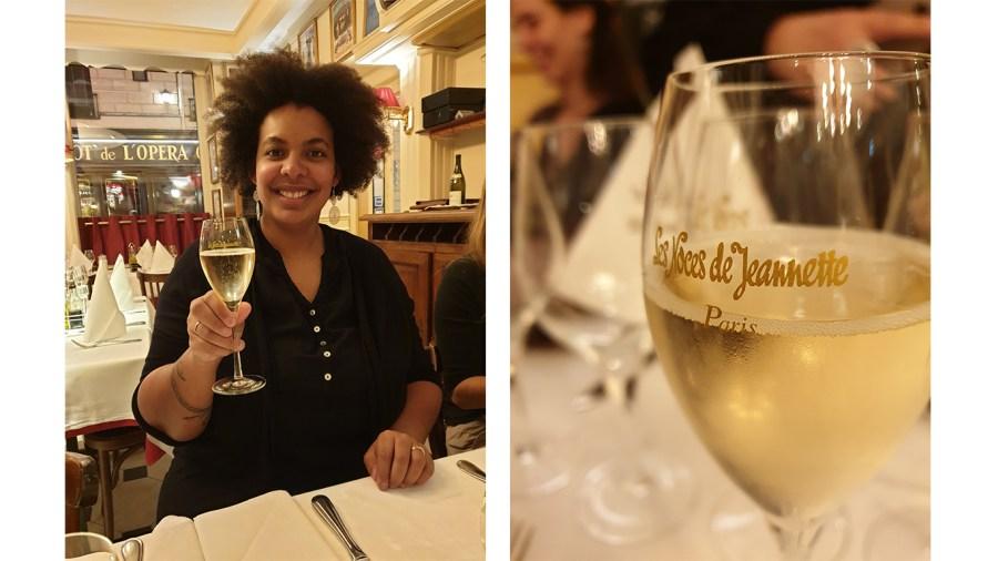 Trinquer au champagne aux Noces de Jeannette à Paris