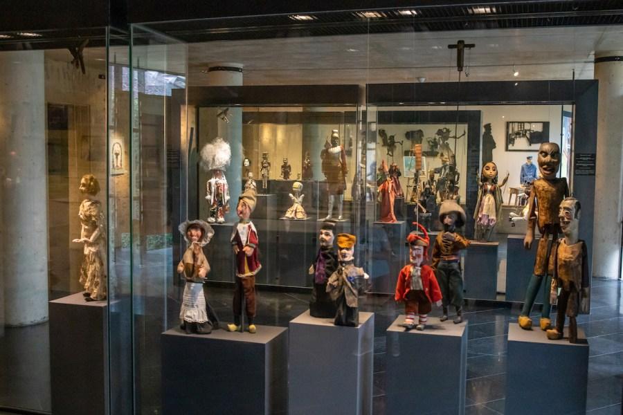 Exposition de marionnettes à Charleville Mézières