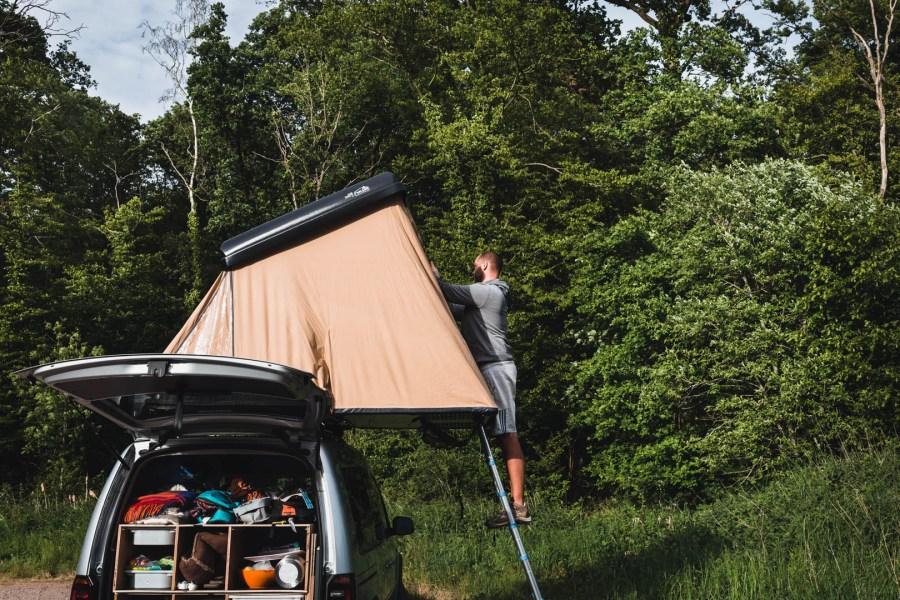 Notre tente de toit NaitUp en pleine nature