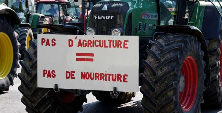 Manifestation_agriculteurs_27_avril_2010_Paris_11