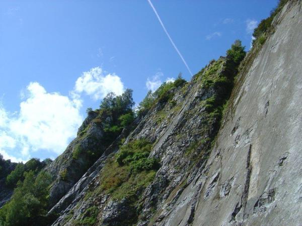 klimwand Awirs, 24 km van camping Les Murets