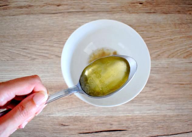 melange ingredients masque odyssees - Recette masque cheveux facile à l'huile de coco
