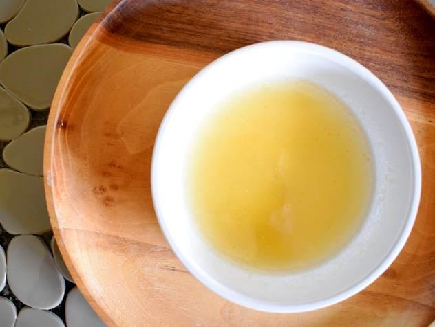 DIY Bain d'huile à l'argan et huile essentielle Bois de hô