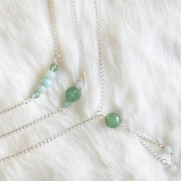 Collection Dana Chic Energetic : bijoux de lithothérapie en pierres naturelles : colliers et bijoux