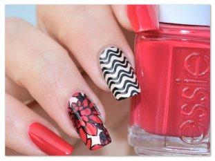 Stamping Master - Fleurs - Moyou London Pro XL 06 et Lina Nail Art Supplies Feeling Shapely 05