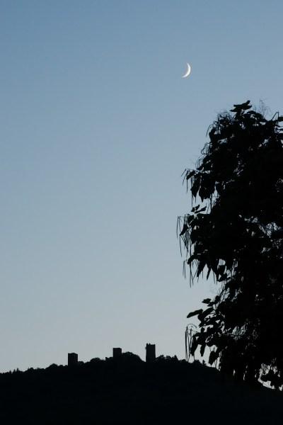 Notre sommeil est gardé par les trois châteaux