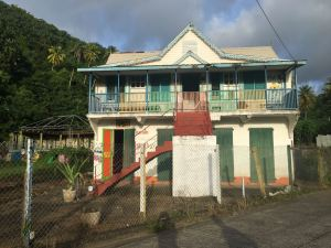 Maison ancienne à Cumberland Bay