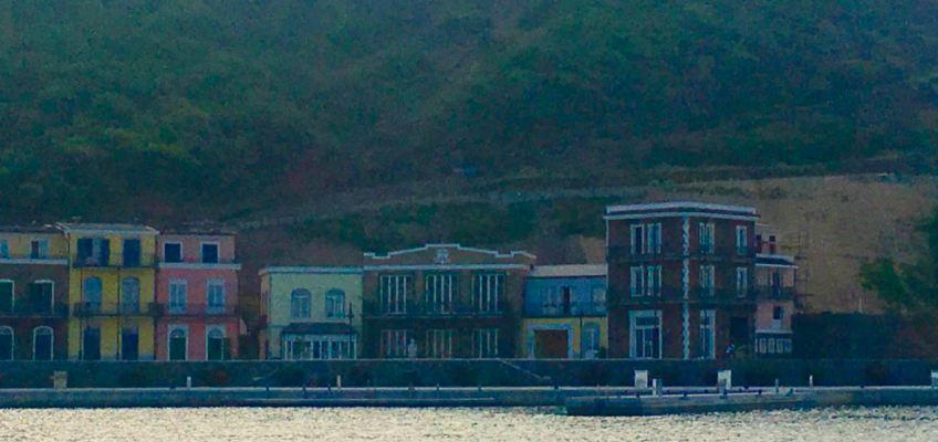 Marina de Canouan