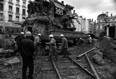 Déplacement de la fontaine Bartholdi