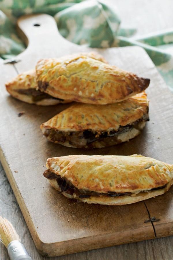 Empanadas-aubergine-oignon-vegan-sans-gluten-auvertaveclili