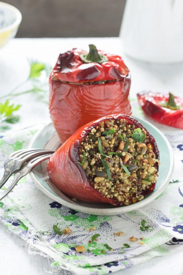poivrons-farcis-quinoa-sarrasin-vegan-auvertaveclili