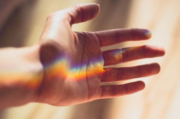 main soin énergétique verrue