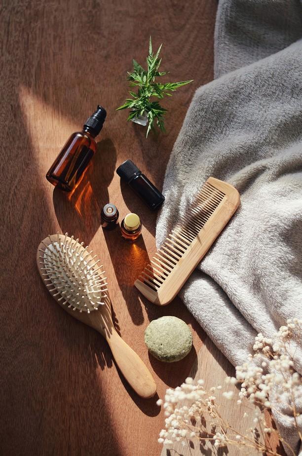 huiles essentielles cheveux naturel