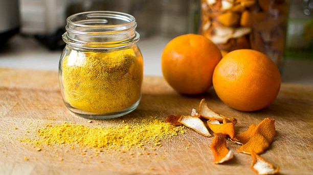poudre d'écorces d'orange