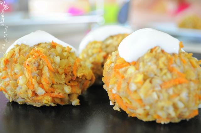 Boulettes de sarrasin et lentilles corail aux légumes et épices