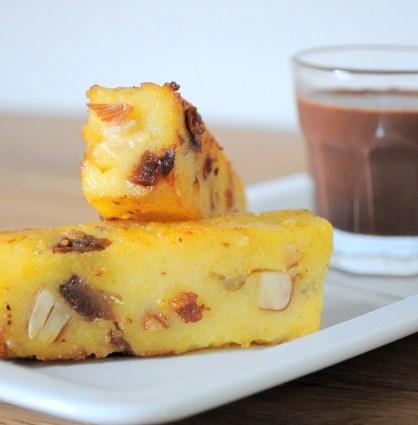 Polenta croustillante aux fruits secs, sauce chocolat by Ducasse