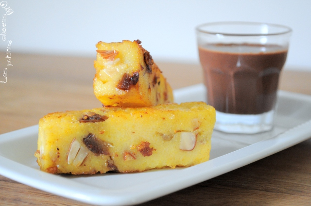 Polenta croustillante aux fruits secs, sauce chocolat by Ducasse