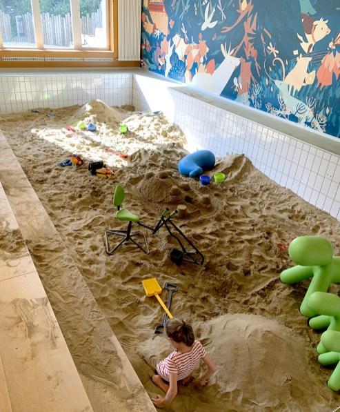 Bac à sable géant indoor