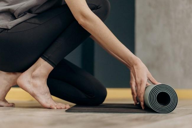 comment choisir votre tapis de yoga facilement